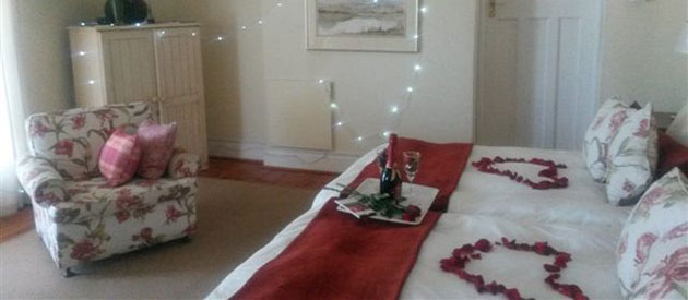 ST PHILLIPS BED AND BREAKFAST, Port Elizabeth